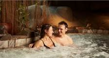 Jacuzzi at Center Parcs De Eemhof
